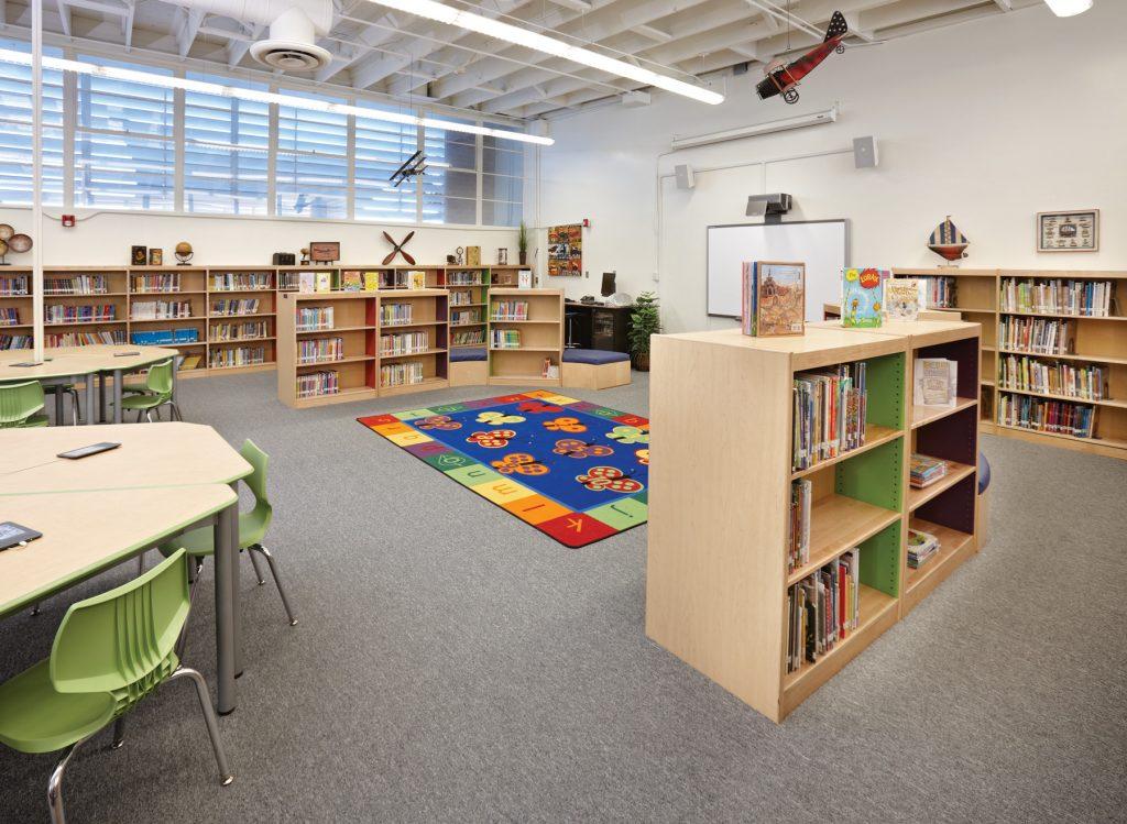 Dapplegray Elementary School