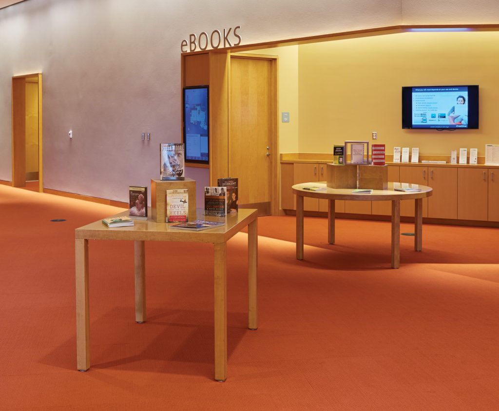 Slover Library - Round/Square Dispalys