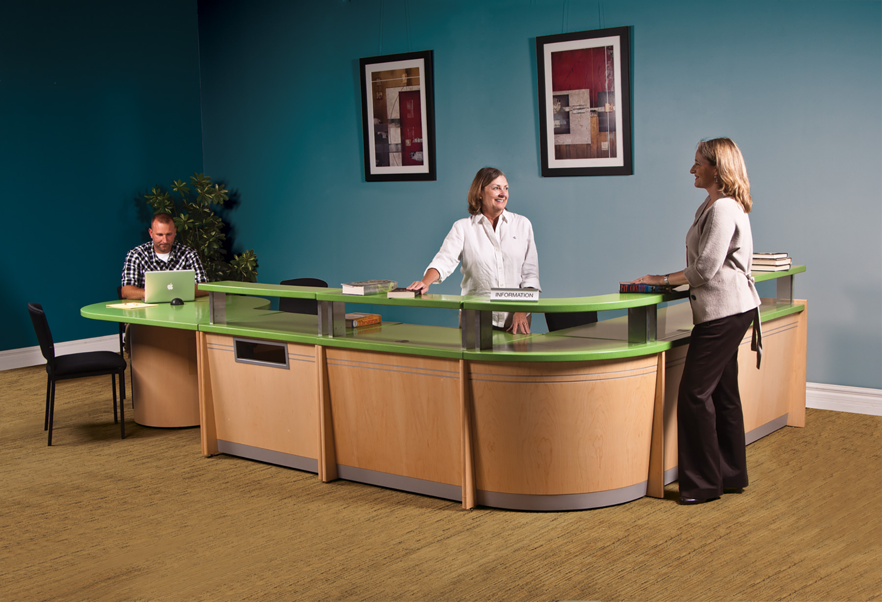 Gaylord® Harmony™ CS Circulation Desks