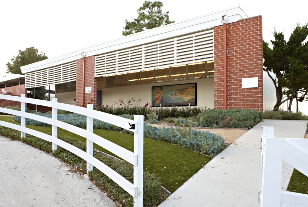 Dapplegray Elementary School, CA