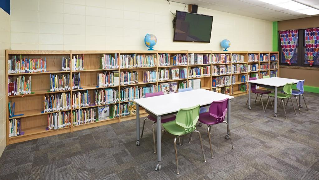 Black Hawk Elementary School, MO